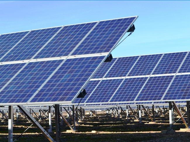Huertos solares y parques fotovoltaicos