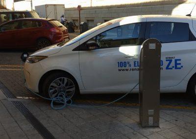 empresa-coche-electrico-carga